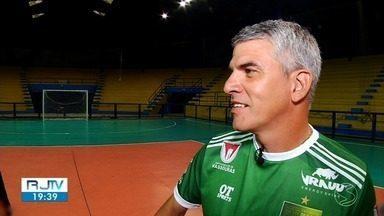 Neto Colucci é o novo técnico do Volta Redonda - Decisão foi anunciada nesta segunda-feira, depois que Luizinho Vieira pediu demissão. Time chegou à sequência de oito jogos sem vitórias na Série C do Campeonato Brasileiro.