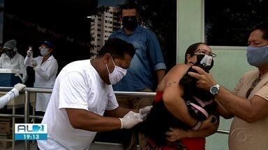 Animais da zona rural de Maceió começam a ser vacinados - Vacinação contra raiva segue durante a semana.