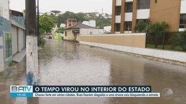 Chuva forte gera problemas em cidades da BA; veja também a previsão do tempo - Alagamentos foram registrados em cidades como Uruçuca e Coaraci.