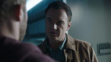 Abstinência - A força-tarefa do FBI precisa encontrar um médico em fuga após um áudio vazado comprovar o seu envolvimento com a morte de sua esposa.
