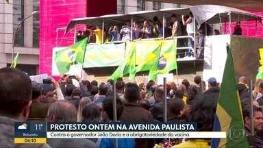 Manifestantes realizam protestam contra o governador João Doria - Apoiadores de Bolsonaro são contra obrigatoriedade da vacina CoronaVac