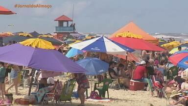 Praias do Litoral Norte gaúcho registram movimento intenso no feriado de Finados - Assista ao vídeo.