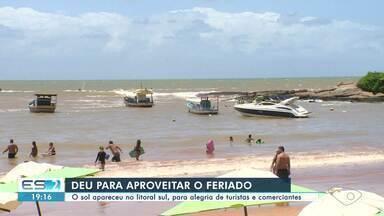 Sol aparece no litoral Sul e faz a alegria de turistas e comerciantes - Veja na reportagem.