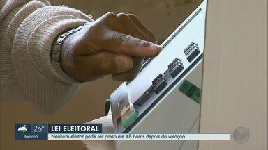 Lei Eleitoral: Nenhum eleitor pode ser preso até 48 horas depois da votação - Mas a lei tem ressalvas e algumas situações podem levar suspeitos para a cadeia.