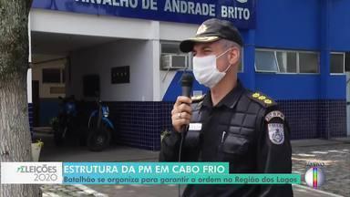 Comandante do batalhão de Cabo Frio, RJ, fala sobre esquema especial para as eleições - Efetivo será reforçado para garantir a segurança e coibir crimes nas ruas e nas seções eleitorais.