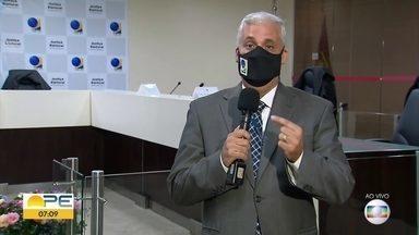 """TRE aponta problema na totalização de votos no TSE e orienta eletores que não votaram - Tribunal informou ter enviado os dados em """"tempo recorde"""" para Brasília"""