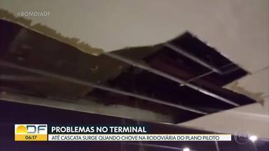 Problemas não têm fim na Rodoviária do Plano Piloto - Escadas continuam estragadas, mangueira de incêndio sumiu e teto tem buraco por onde passa água da chuva.