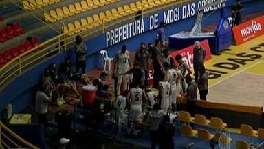Mogi Basquete é derrotado pelo São Paulo em casa - Time da capital dominou o jogo. Placar foi de 122 a 75.