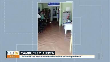 Distrito de São João do Paraíso, em Cambuci, está inundado após forte chuva - Moradores estão sendo socorridos por barcos.