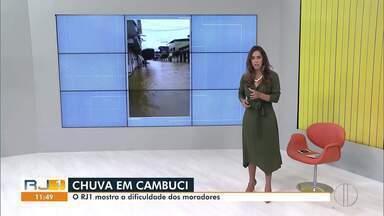 RJ1 mostra as dificuldades dos moradores de Cambuci, RJ, depois da chuva desta terça - Município foi muito atingido pela chuva.