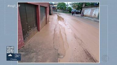 Chuva da madrugada desta quinta-feira provoca alagamentos e deslizamentos em Juiz de Fora - Segundo a Defesa Civil, foram oito ocorrências registradas ao longo da madrugada, mas todas sem vítimas.
