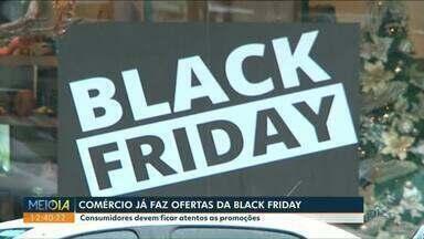 Primeira parcela do 13º será paga ainda este mês - Muitos trabalhadores pretendem gastar o benefício na Black Friday.