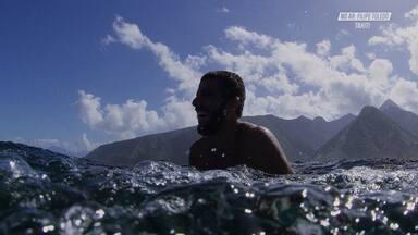 Nas Ondas do Tahiti - Filipe viaja para o Taiti. Além de surfar boas ondas, ele conhece a fauna e a flora local, pesca e experimenta comidas típicas do lugar.