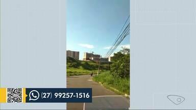 Morador relata escuridão no bairro Ataíde, em Vila Velha, ES - Assista.