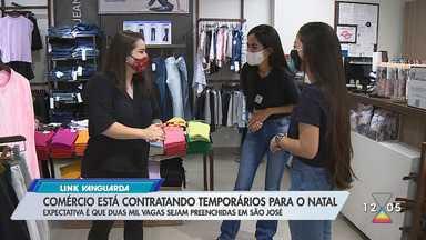 Comércio está contratando temporário para o natal - Expectativa é que duas mil vagas sejam preenchidas em São José.