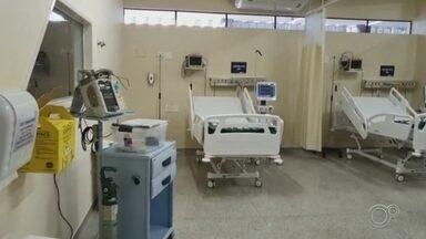 Três hospitais públicos de Sorocaba registram 100% de ocupação nos leitos de UTI - Três hospitais públicos de Sorocaba (SP) registraram 100% de ocupação dos leitos de UTI para pacientes com Covid-19. O balanço foi divulgado pela Secretaria da Saúde nesta segunda-feira (7).