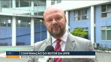 Ricardo Marcelo é nomeado para novo mandato como reitor da UFPR - Nomeação, assinada pelo presidente Jair Bolsonaro, foi publicada no Diário Oficial da União desta quinta-feira (10). Mandato é de quatro anos.