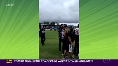 Torcida organizada do Vasco invade CT do clube - Torcedores intimidaram os jogadores do time. Vasco tem clássico contra o Fluminense no domingo. Outro clássico da rodada é Corinthians e São Paulo.