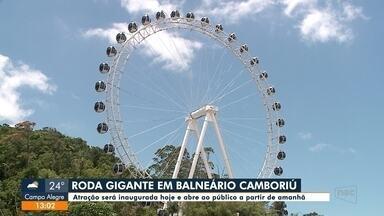 Roda gigante em Balneário Camboriú abre ao público a partir desta quinta, dia 11 - Roda gigante em Balneário Camboriú abre ao público a partir desta quinta, dia 11