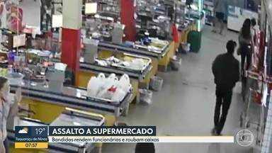 Criminosos assaltam supermercado e fazem funcionários reféns, na Região do Barreiro, em BH - Este é o segundo assalto em dois dias em Belo Horizonte.