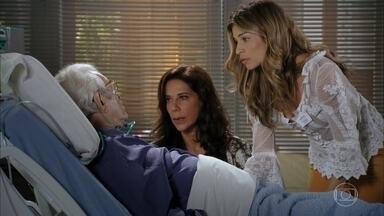 Lindaura e Ester visitam Samuel - Samuel afirma que o mandante de seu sequestro é Dionísio. Lindaura tranquiliza o marido e diz que os tenentes estão montando guarda no hospital