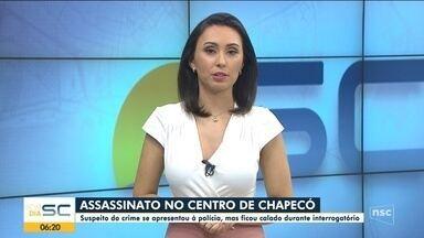 Homem apontado por homicídio em Chapecó se apresenta à polícia - Homem apontado por homicídio em Chapecó se apresenta à polícia