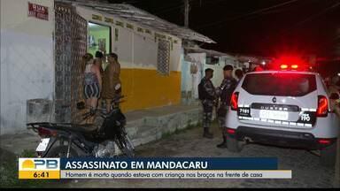 Homem é morto a tiros com bebê no braço, em João Pessoa - Assassinato foi no bairro Mandacaru