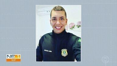 Policial rodoviário federal morto em lanchonete é enterrado no Recife - Momento em que criminoso atira em policial foi registrado por câmera de segurança.