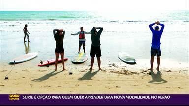 Surfe é uma opção para quem quer aprender uma modalidades esportiva no verão - Em João Pessoa, o esporte ganha cada vez mais adeptos