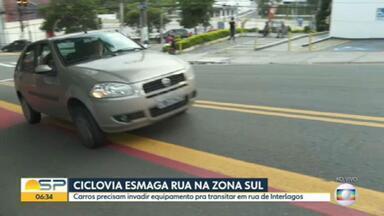 Ciclovia deixa rua estreita na zona sul de São Paulo - Administração municipal divulgou dados atualizados da malha cicloviária na cidade.