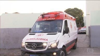 Chamados por ambulâncias do Samu aumentam 137% nos últimos dois meses em BH - O Sindicato dos Servidores diz que para dar conta da demanda dos chamados de pacientes de covid-19, as ambulâncias chegam a transportar dois ou três pacientes de uma vez só.