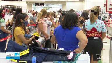 Lojistas anunciam queima de estoque para aumentar as vendas em Imperatriz - Os descontos podem chegar a até 70%.