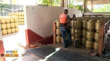 Gás de cozinha fica mais caro no Sul do ES - Assista.