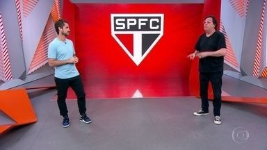 """Casagrande: """"Daniel Alves não está assumindo a liderança do time"""" - Casagrande: """"Daniel Alves não está assumindo a liderança do time"""""""