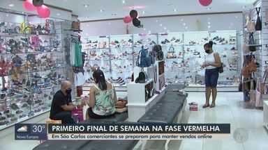 Comerciantes de São Carlos se preparam para 1º fim de semana na fase vermelha - Vendas online é uma das soluções para manter os negócios.