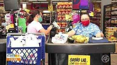 Trabalhadores do comércio sentem dificuldades com falta de moedas no mercado - Situação tem complicado momento de dar o troco na hora de uma compra.