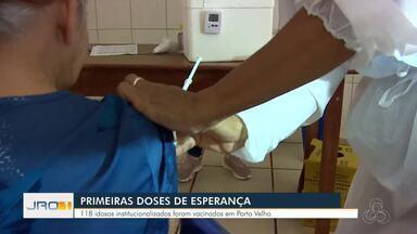 Primeiras doses de esperança - 118 Idosos institucionalizados foram vacinados na capital;