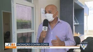 Jacupiranga vacina profissionais da saúde contra a Covid-19 - Região do Vale do Ribeira já tem cerca de 4 mil pessoas vacinadas.