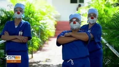 Doutores da Alegria levam amor aos hospitais da região metropolitana de Recife - O projeto é feito por voluntários