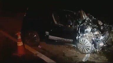 Criança morre em acidente na BR-070 - Criminosos bateram em carro de família durante fuga.