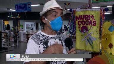 Exposição conta história do bloco Muriçocas do Miramar - Na exposição você pode conhecer os estandartes e as camisetas que contam mais de trinta anos de folia.