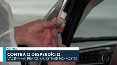 SP2 - Edição de sexta-feira, 12/02/2021 - Inquérito sorológico mostra que vírus está se espalhando na capital. Número de mortos por Covid no estado de São Paulo se aproxima de 56 mil. Rede Municipal retoma aulas na segunda-feira.