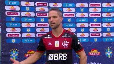 """Diego projeta decisão contra o Inter e chances de título do Flamengo: """"Estamos preparados"""" - Diego projeta decisão contra o Inter e chances de título do Flamengo: """"Estamos preparados"""""""