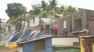 Olinda inicia ações para evitar acidentes com chuvas durante o inverno - Operação prevê a colocação de lonas em barreira e a construção de muros de arrimo em áreas de risco.