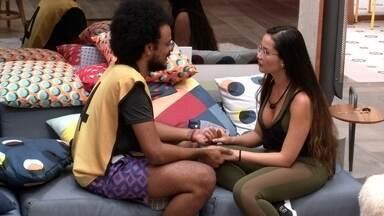 João Luiz se jusfiica para Juliette sobre não levar sister para o VIP - O novo Líder declara: 'Gosto muito de você'