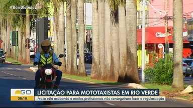 Prazo para regularização de mototaxistas se proxima do fim, em Rio Verde - Aqueles que querem exercer a profissão precisam deixar documentação e informações em dia.