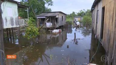 Nível do Rio Acre volta a subir e preocupa famílias afetadas pelas enchentes - Mais de cem mil pessoas sofrem com os estragos das chuvas no estado.