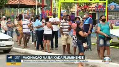 Todos os municípios da Baixada Fluminense terão vacinação nesta sexta (26) - Caxias e Mesquita, que haviam paralisado a vacinação, também imunizam nesta sexta-feira (26).