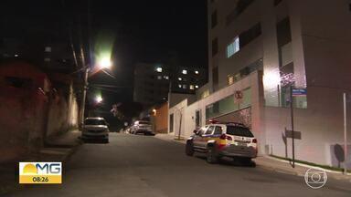 Mulher é baleada após discussão por causa de barulho do cachorro - Briga entre vizinhos aconteceu em Belo Horizonte.