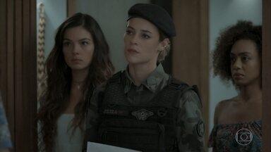 Jeiza defende Ritinha de Joyce - Policial vai até a casa da socialite para buscar Ruyzinho